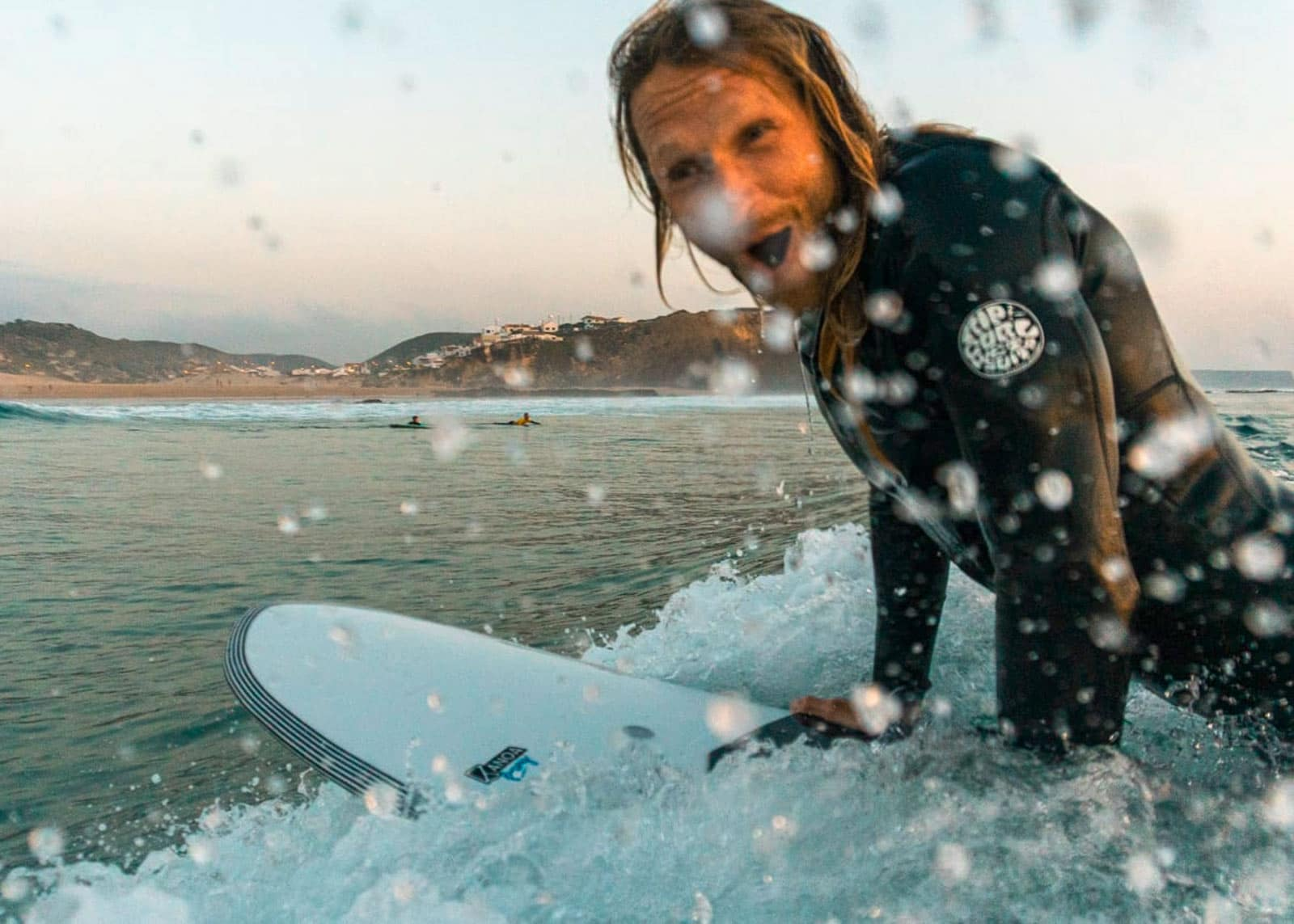 find the right beginner surfboard